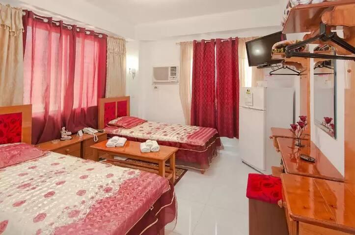 Hostal Villar. Apartamento-Estudio