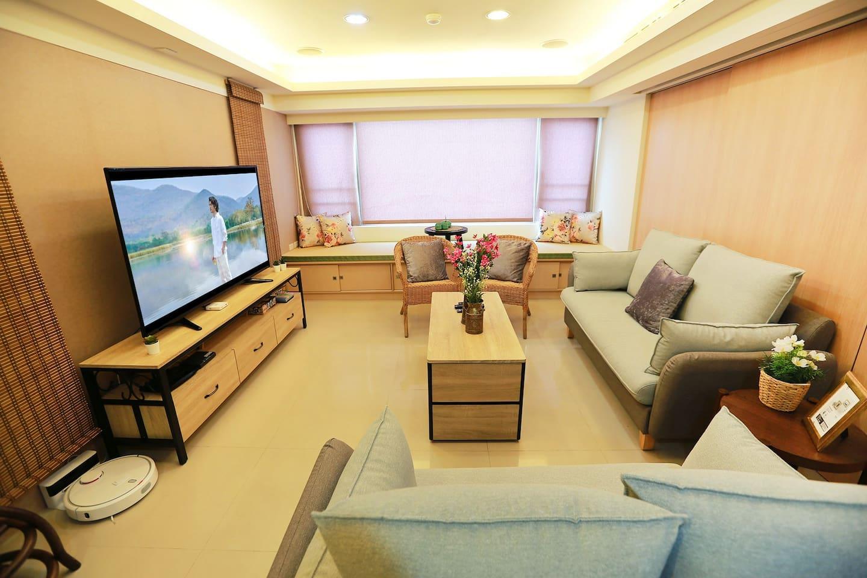 舒適寬敞的客廳 Living room