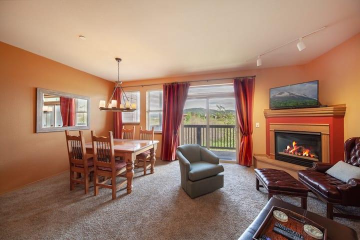 Stunning & Spacious 1 Bedroom Condo in Frisco!