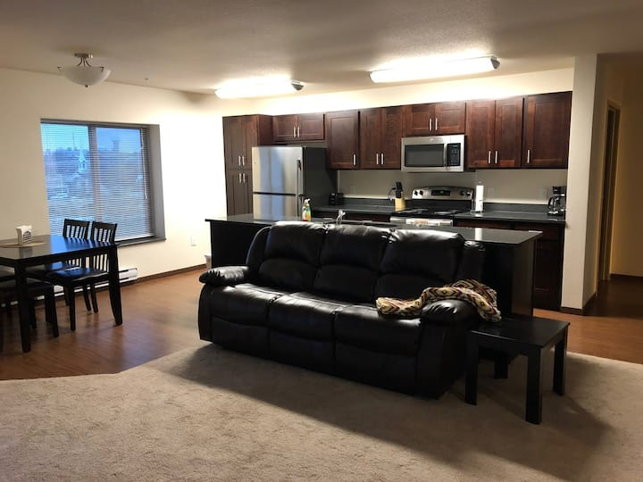 WC-Fully furnished 2 bed/2 bath 2-202