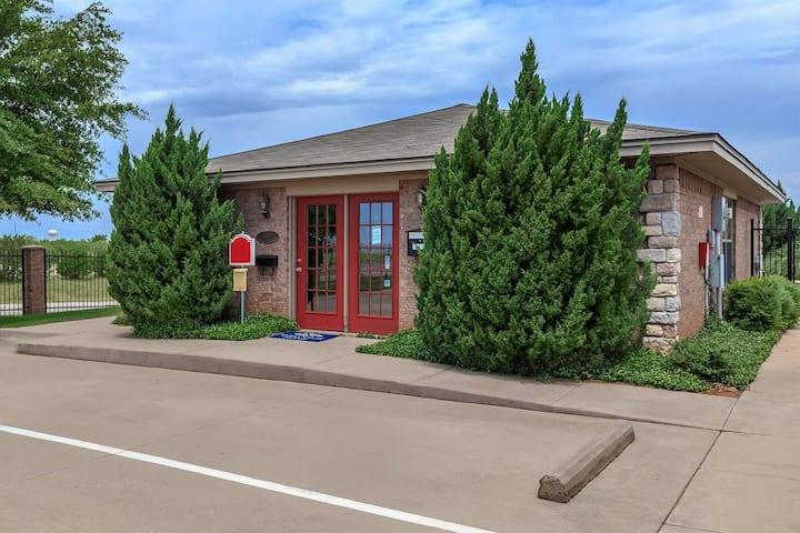 Best Kept Secret Airbnb in Wichita Falls #2