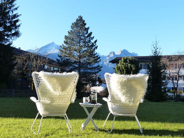 Spectacular View meets TOP Location - Garmisch-Partenkirchen - Byt
