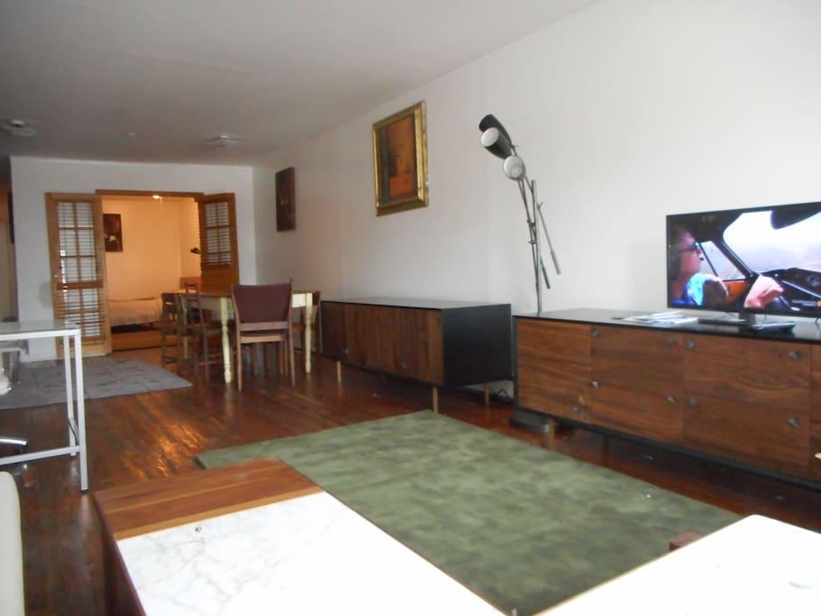 Living room. Bedroom2 in rear.