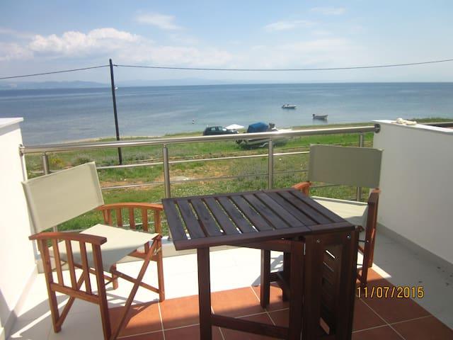 Maisonette on the beach, Potidea - Nea Poteidaia - Apartment