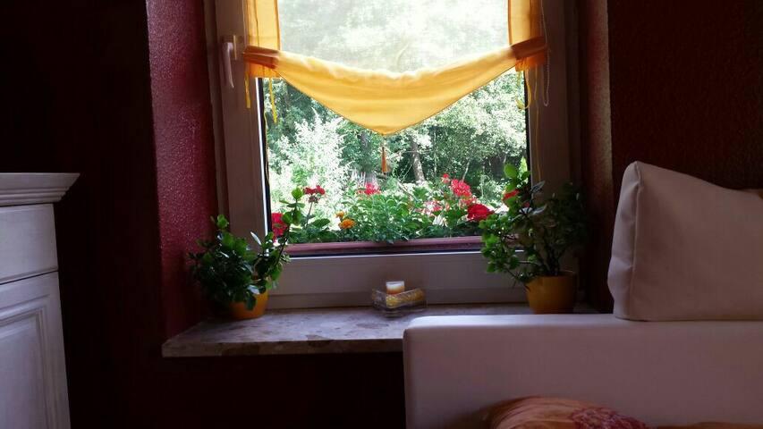 Schönes Zimmer mit Traum Garten - Hamburg - Rumah