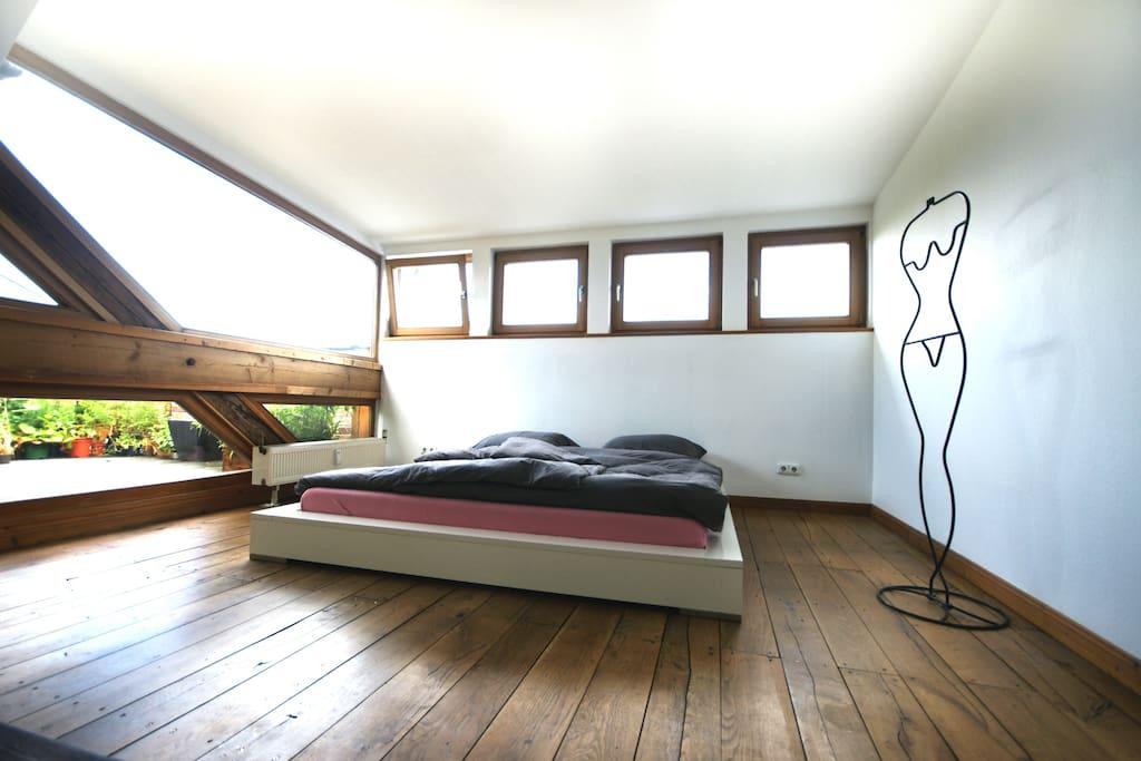 trendige loft mittendrin apartments for rent in berlin berlin germany. Black Bedroom Furniture Sets. Home Design Ideas