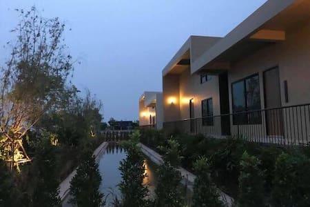 Villa for rental (The Residence Thepkanjana)