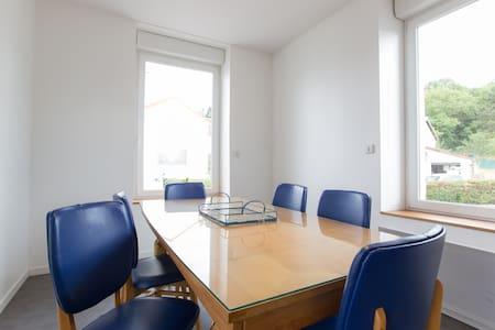 Duplex 65m²proche CHU Nancy Brabois - Apartment