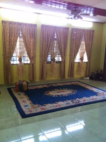 Cozy Village House, Ample Parking - Pasir Mas - House
