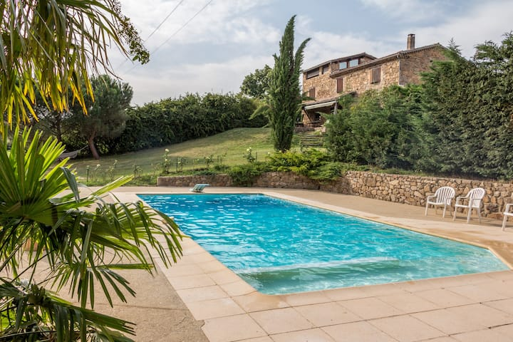 Beautiful french villa -  Perfect for groups