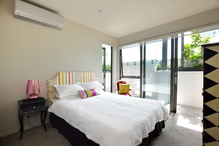 City fringe luxury apartment - Auckland - Apartamento