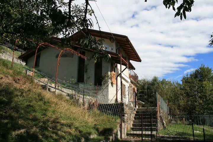 Baita Anna, Como Lake