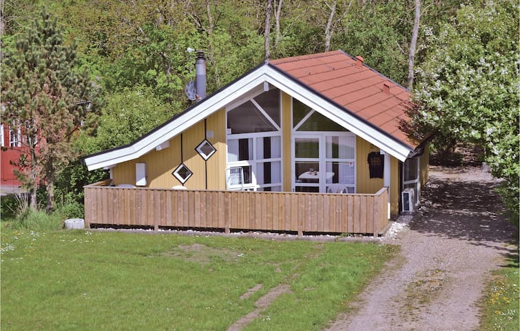 Holiday cottage with 1 bedroom on 50m² in Hemmet