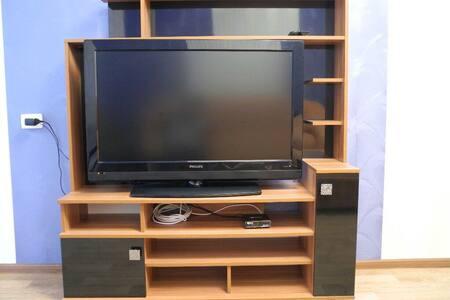 ДЯ2/6-Квартира с большим Lcd-tv