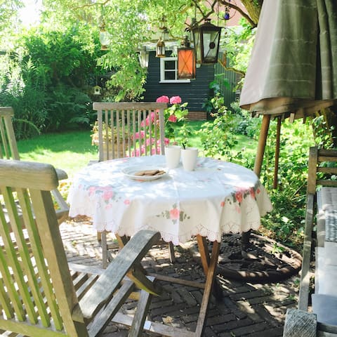 Have your breakfast or afternoon tea in the garden