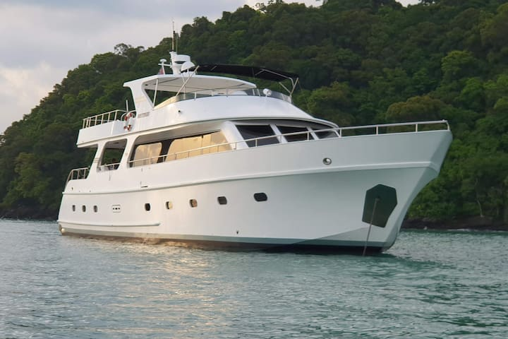 Nautiness Langkawi 80ft Luxury Super Yacht