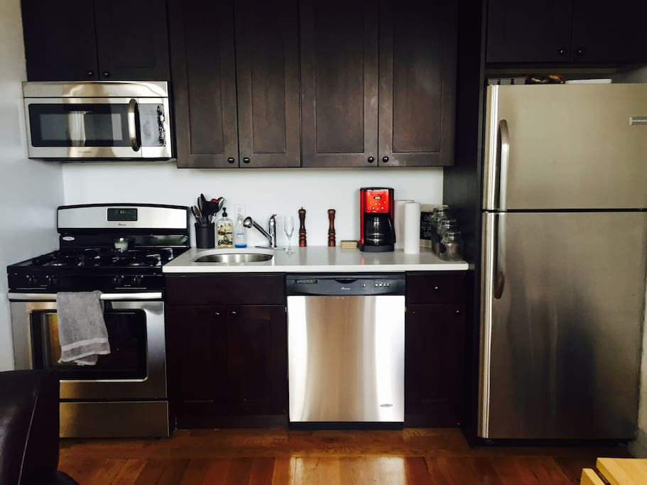 Brand new stainless steel appliances. Full equipped kitchen with coffee and milk available