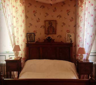 Suite Rose - Poisson - Bed & Breakfast