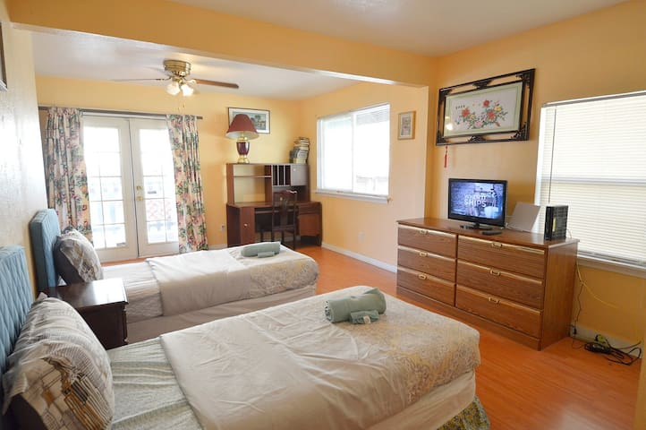 Room 5 master bedroom with private bathroom