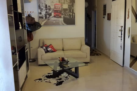 One double room for rent - Neapoli