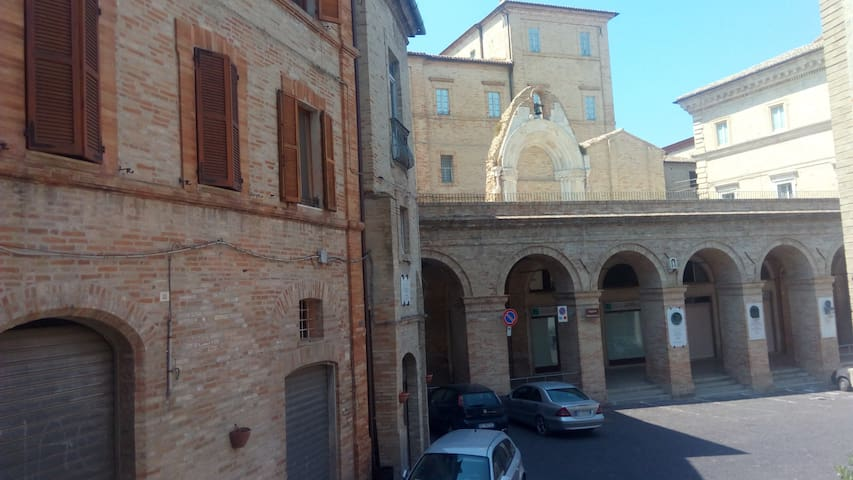 Casa in Centro Storico - Montegiorgio - Ev