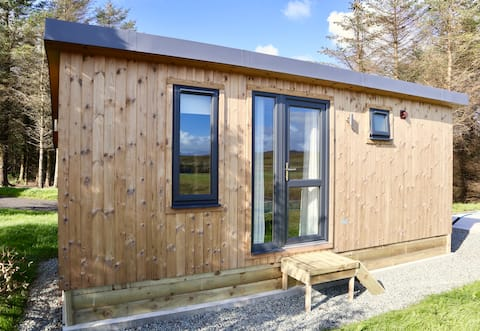 Tranquil Glen Tiny Lodge - a base to explore Skye!