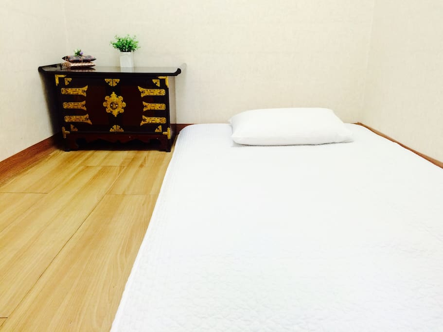 Private single room(ondol)
