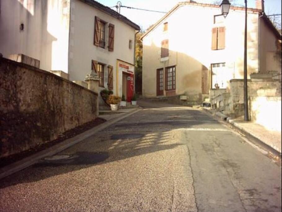 Queaux village.