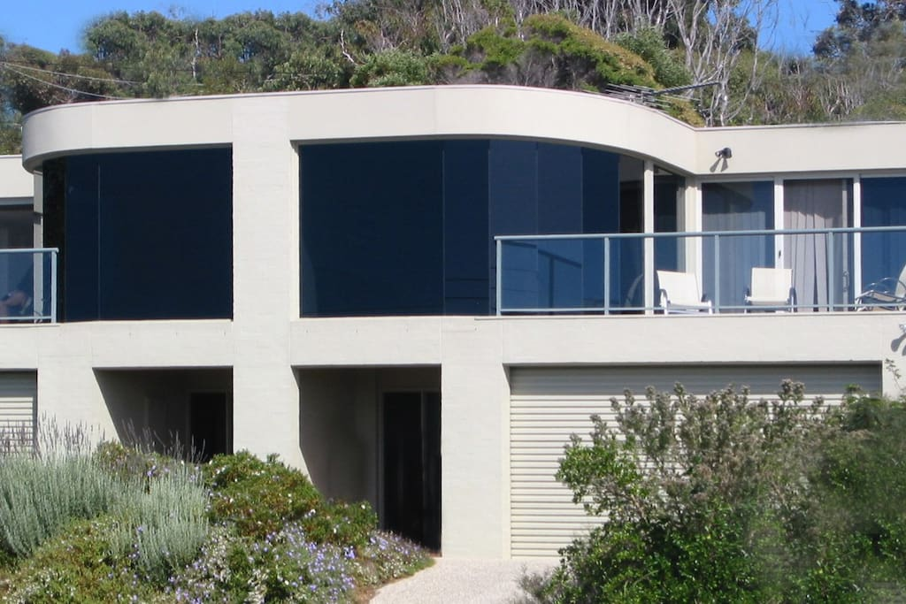 Awesome Ocean Views,  Sleep 8 Guests...On the Great Ocean Road!