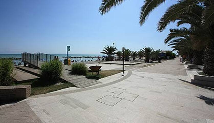 Appartamento Mare e Monti  90qm - Marina di Altidona - Appartement