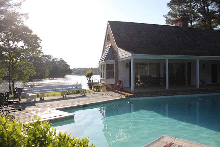 Tranquil Easton Waterfront Property (Hot Tub&Pool) - Easton - Casa