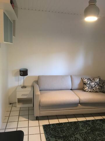 Cozy private 1 - bedroom