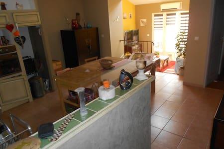 Appartement prés d'avignon - Flat