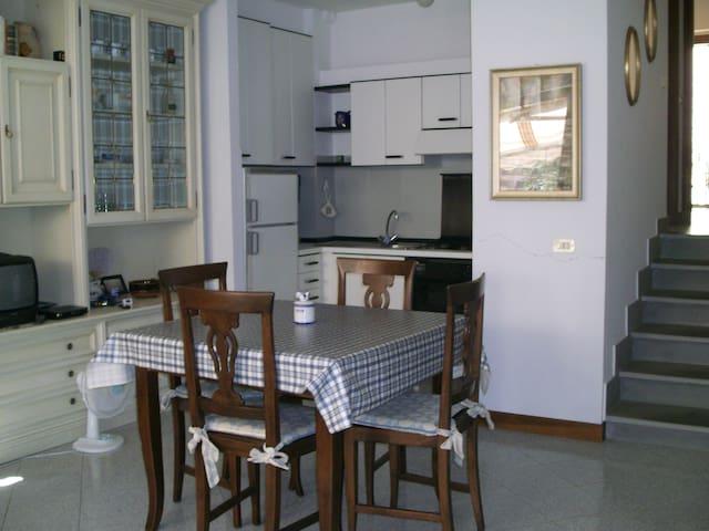 appartamento a Lerici