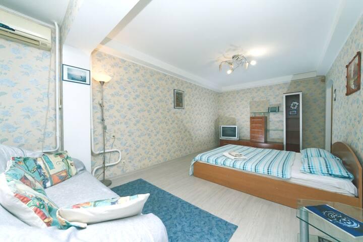 1room apartment WiFi Expocentr I.Shamo13