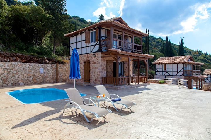 Offers 2020: Villa with Private Pool In Chortata