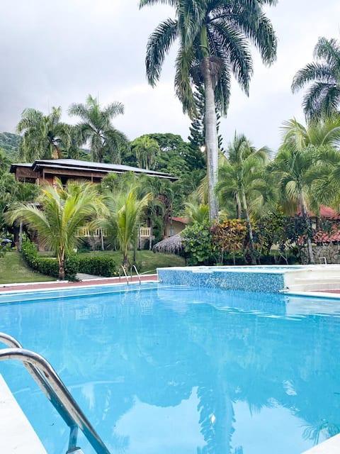 Villa Don Blanco- Bonao, Monseñor Nouel
