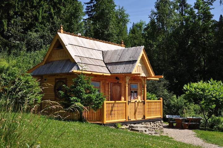Drewniany domek w Gorcach - Widzimisie Chatka