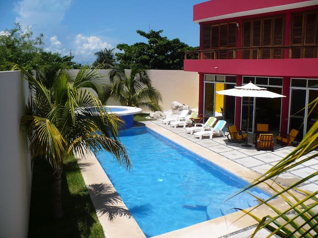 Stunning Private Home with pool - Isla Mujeres - House