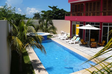 Stunning Private Home with pool - Isla Mujeres