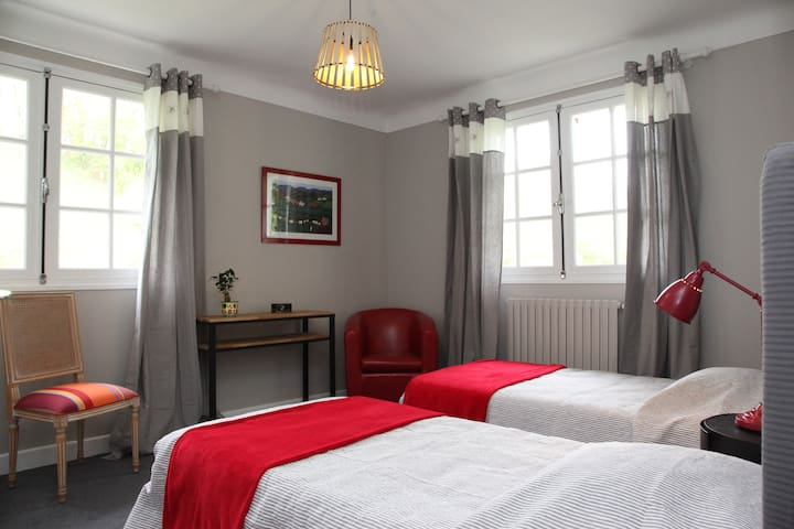 Chambre Familiale Antan & Citadelle - Saint-Jean-Pied-de-Port - Bed & Breakfast