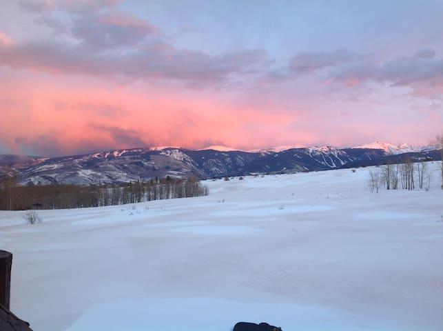 Colorado ski,golf,fish,hike getaway - Edwards - Huis