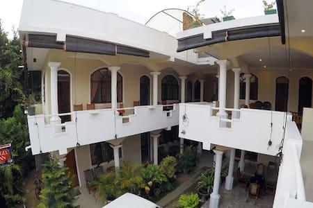 Angel Inn Guest House - Negombo