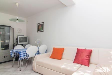 Apartments Gabrijela / Two bedrooms Antea - Pula
