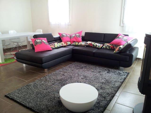 A charming, modern duplex apartment - Rambouillet - Apartmen