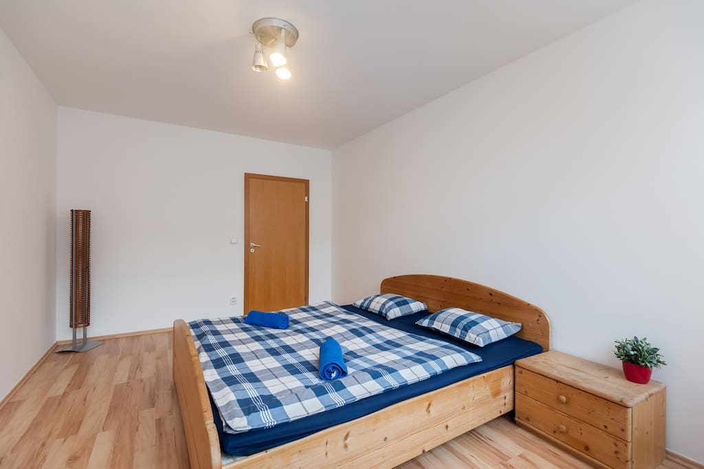 This is the main bedroom. Picture no.2