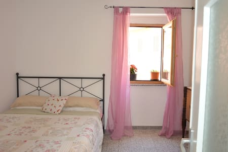 Large traditional Sardinia house - Chiaramonti - Hus