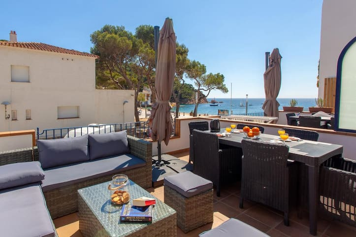 GALA 2-apartment with sea views-Tamariu-Costa Brava
