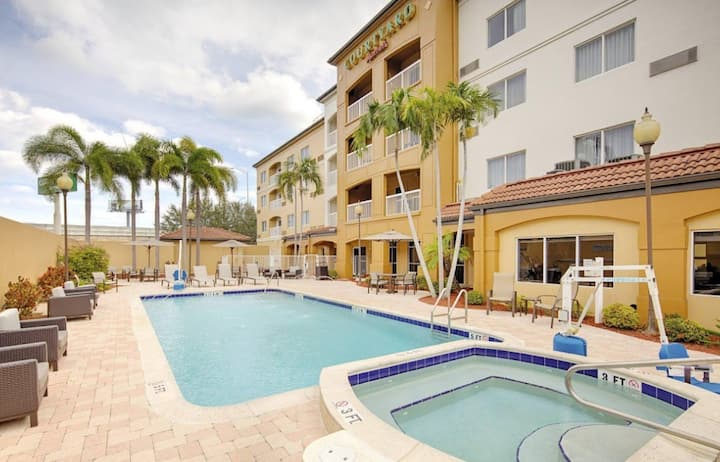 Courtyard West Palm Beach $109