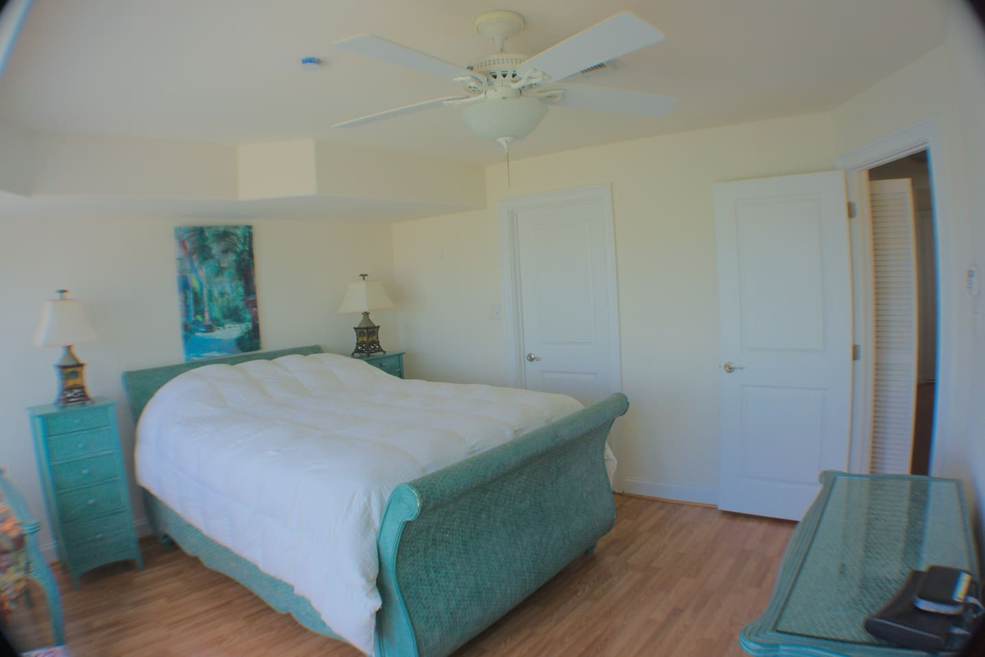 Atlantic City Luxury Waterfront 4 Bedroom Home!